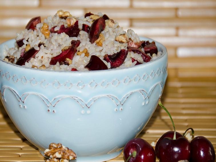Cherry walnut rice